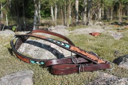 Weaver' s turquoise cross collection breastcollar
